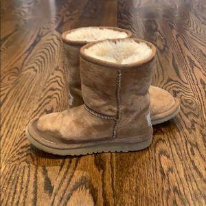 Girl's Ugg boots